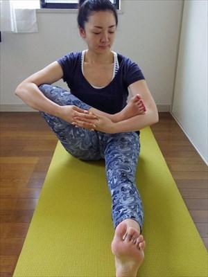 ah_yoga10.JPG