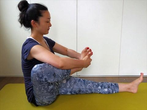 ah_yoga6.JPG