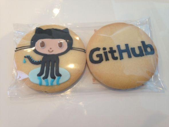 GitHubのキャラクターの足がタコなのは「サンゴ」を食べたから