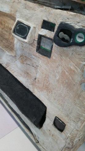 木彫りの自動販売機2