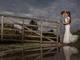 まるで映画のワンシーン! 海外の結婚式で撮られた感動的な写真、その裏側にはカメラマンのプロ根性が