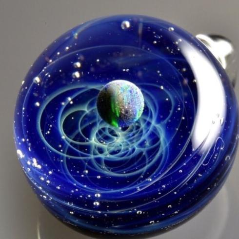 宇宙ガラス