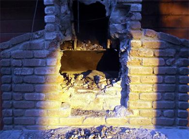 壊された煙突