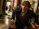 「ハリポタ」最新作の劇中シーンが解禁 3人の仲間やニュート・スキャマンダーの持つ「魔法のスーツケース」に関する新情報も