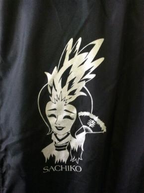 「5884組」衣装ロゴ