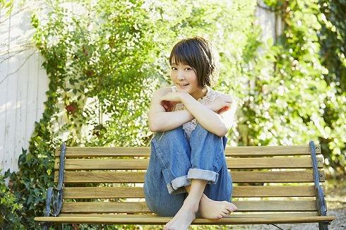 久保ユリカ(「Lovely Lovely Strawberry」アーティスト写真より)