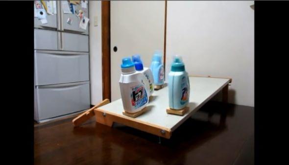 液体洗剤の二足歩行競争