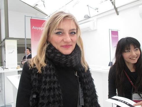 YOKAN COLLECTIONに来訪したパリ在住女性
