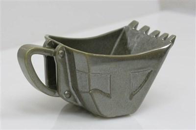 油圧ショベル型コーヒーカップ