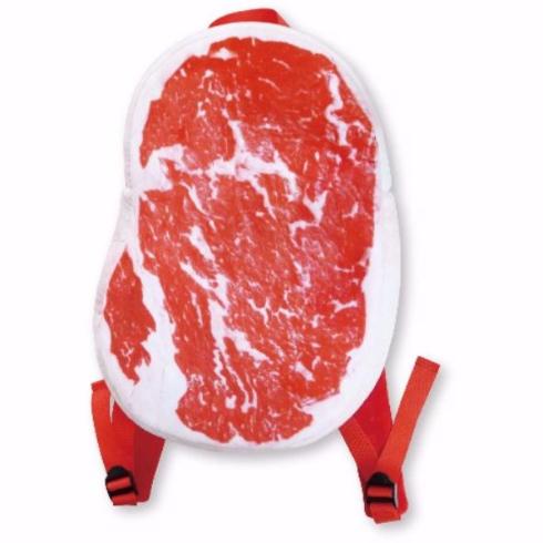 生肉リュックで肉好きアピール