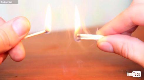マッチとマッチで火をつける方法
