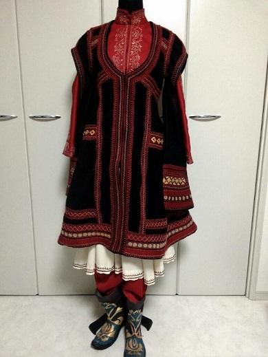 祭さんアミルのコート