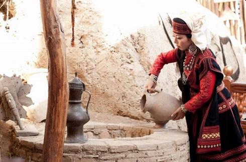 祭さんウズベキスタン水くみ