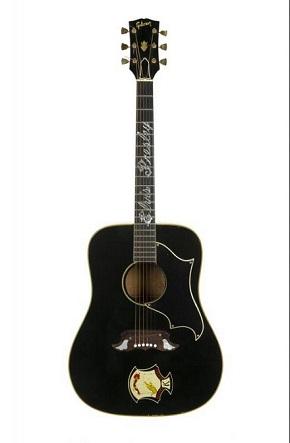 33万4000ドルで落札されたエルヴィス・プレスリーのギター
