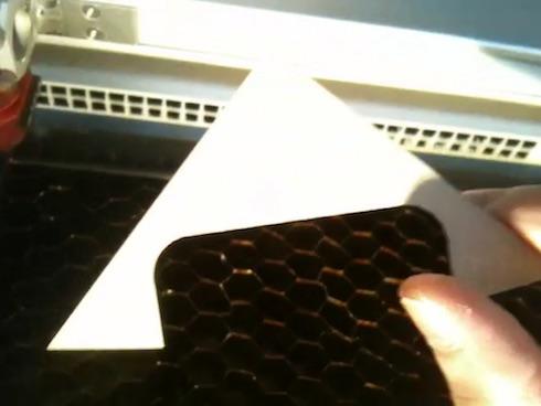 はんぺんの表側はアクリル板で