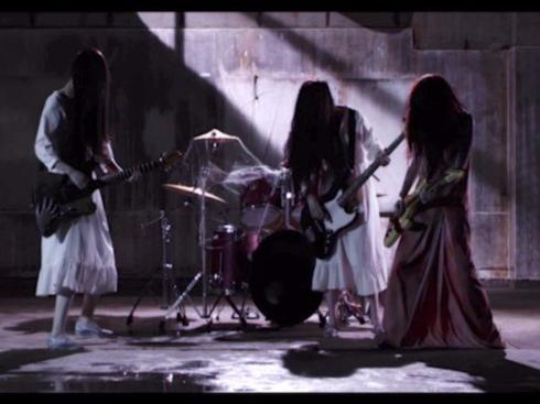 「貞子vs伽椰子」主題歌を聖飢魔IIが担当