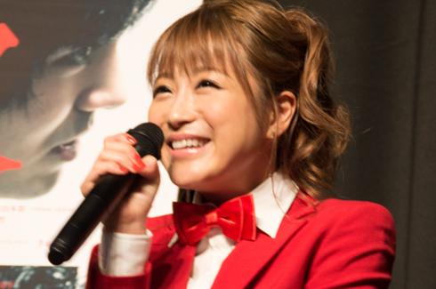 「火花」外国人上映イベント 鈴木奈々 笑顔
