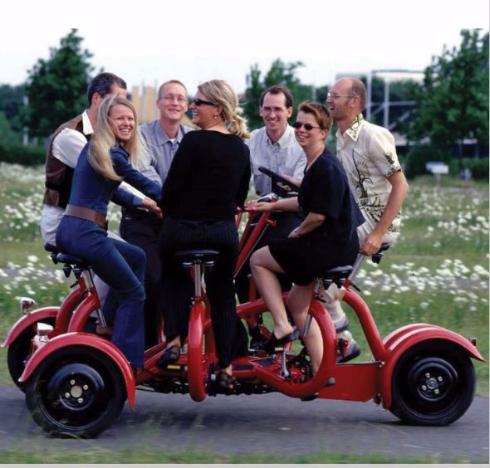 7人乗りの三輪車が販売