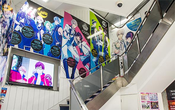 アニメイトAKIBAガールズステーション階段