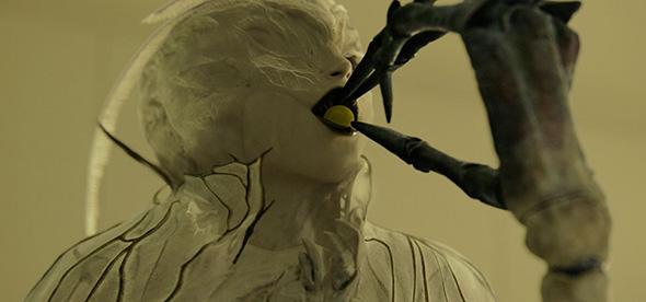 「デスノート Light up the NEW world」に登場する新たな死神「アーマ」