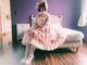 玉城ティナ、ピンクのロリータ服でお人形のようなオフショット 「ヤバイ」「ロリたま可愛い」