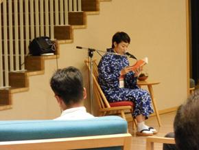飛騨市図書館で官能小説朗読ライブ