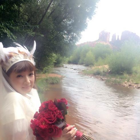 千秋 セドナ 結婚式 ウエディングドレス アップ