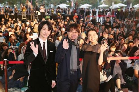 「君の名は。」釜山国際映画祭舞台あいさつ