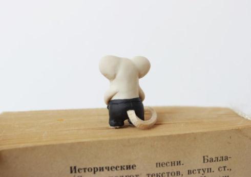 ネズミブックマーク後ろ
