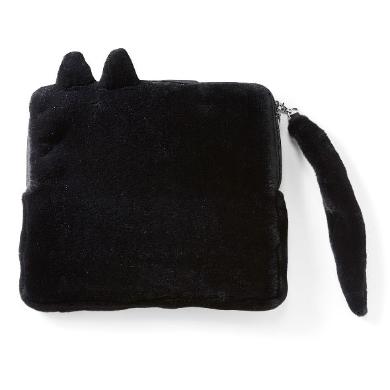 猫を抱っこしている気分になれるバッグ
