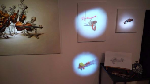 プロジェクションマッピング 美術館 ギャラリー 動く 絵 サル