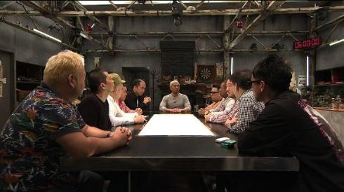 「ドキュメンタル」10人の勇敢な芸人たちを前に