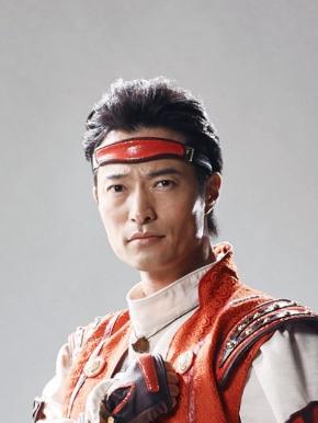 シンラ(演:前川泰之)