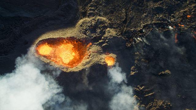 ピトン・ドゥ・ラ・フルネーズ火山(DroneCopters)