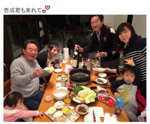 東尾理子ブログ「一家団らん」