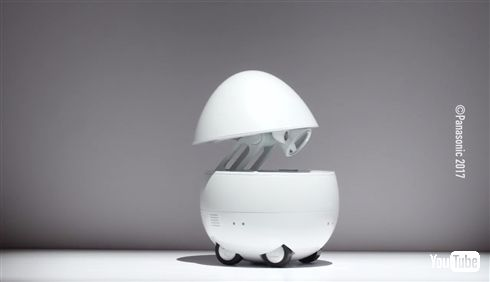 パナソニックがたまご型卓上ロボットを発表