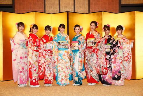HKT48で2017年成人を迎えた今田美奈さん、岡本尚子さん、栗原紗英さん、兒玉遥さん、駒田京伽さん、渕上舞さん、松岡菜摘さん、山本茉央さん