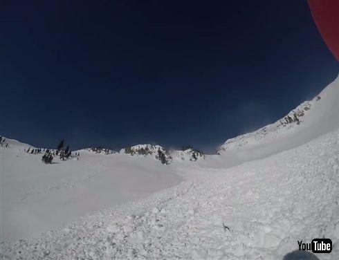 一人称視点の雪崩映像が恐怖のジェットコースター