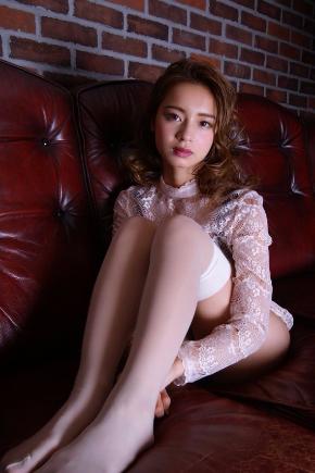 遠山茜子 雑誌