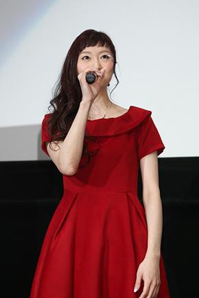 アスナ役の戸松遥さん