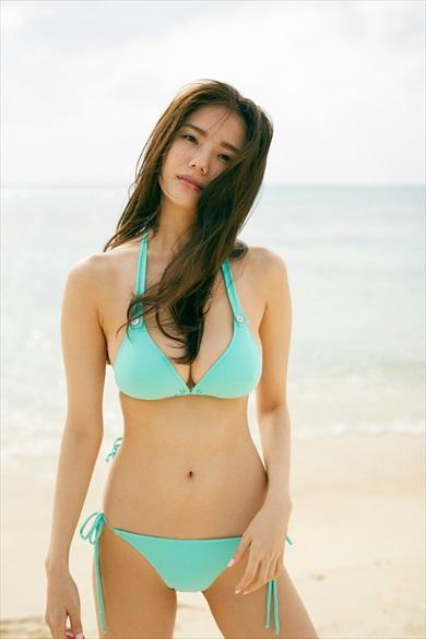 伊東紗冶子さん