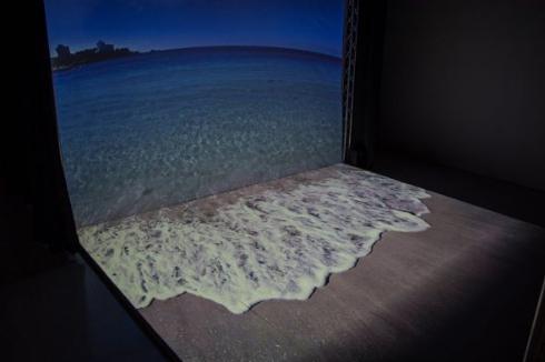 仮想現実 海 プロジェクションマッピング 展示