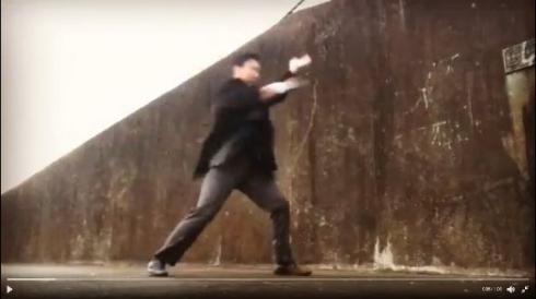 名刺 アクション 武器 サラリーマン 手裏剣