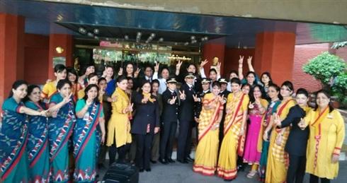 インドの航空会社が女性スタッフだけで世界一周飛行を達成 ギネスも申請中