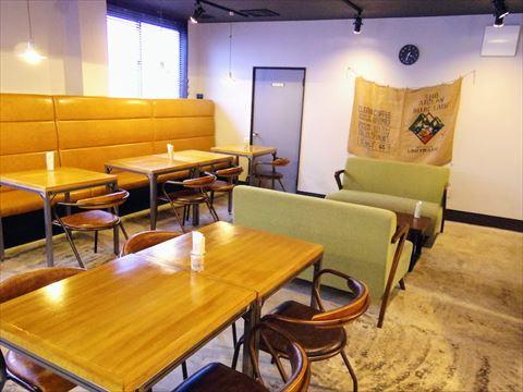 cafe OGU1 店内