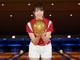 """""""神スイング""""稲村亜美、ボウリングでも始球式 どぶろっくとの共演に「楽しくもあり大人な会話もあり」"""