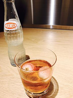 冷凍いちごとウイスキー