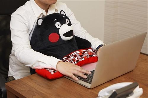 情报-让你工作时更轻松!超可爱的熊本熊pc用靠垫登场!