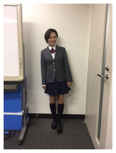 4児の母・市井紗耶香が学生服姿を公開