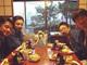 山田孝之、芦田愛菜の写真を囲み「いつも心に芦田さん」と和やかな笑み その置き方はアカン……